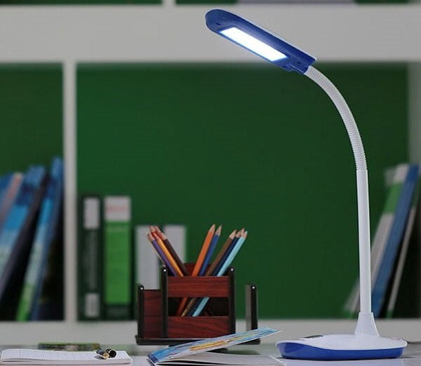Màu ánh sáng của đèn bàn học Led